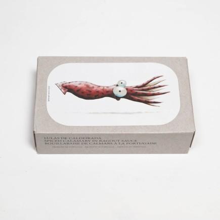 Gefüllte Kalmartuben in würziger Marinade