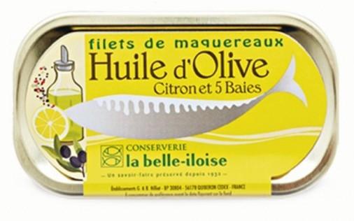 Makrelenfilet mit Olivenöl, Zitrone und 5 Beeren